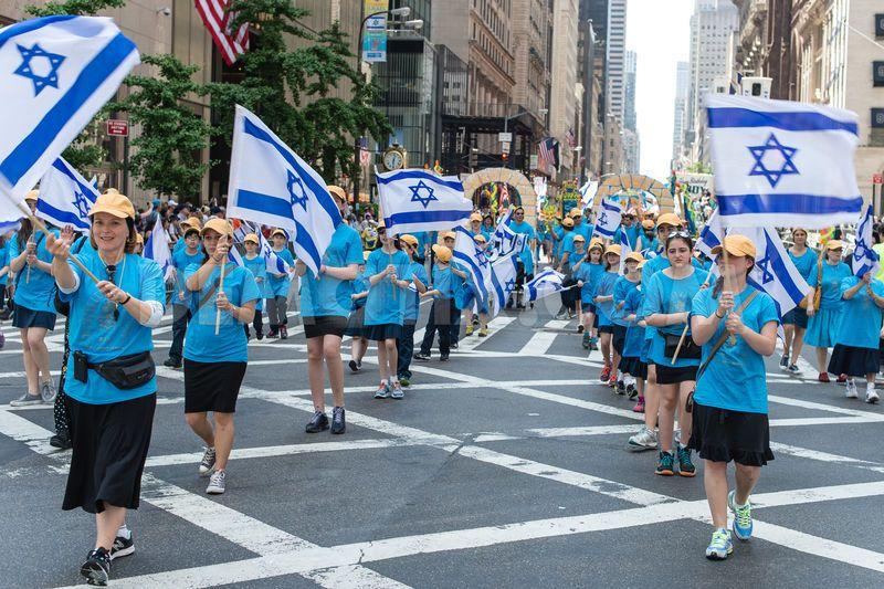 Parade Image2